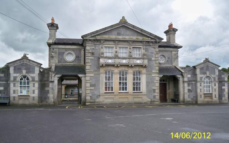 Apartment Flat 1, Regent Street, Bagenalstown, sil0.co.uk