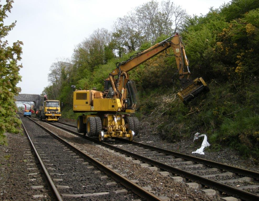 http://www.irishrail.ie/media/vegetation_control.jpg
